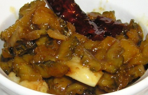 Vaishali's Bitter Gourd Curry (with peach)