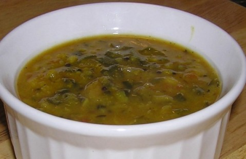 spinach dal with kalajeera
