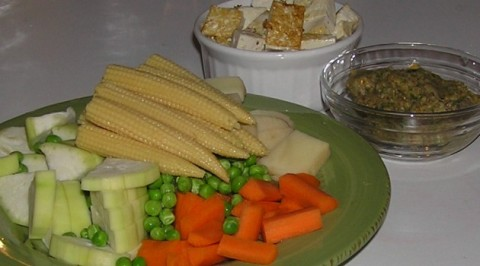 bottle gourd, potato, carrots, peas and baby corn