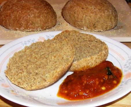 rye roll with tomato chutney