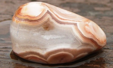 a peach colored agate