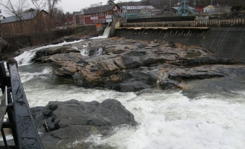 salmon falls tumbling over dam