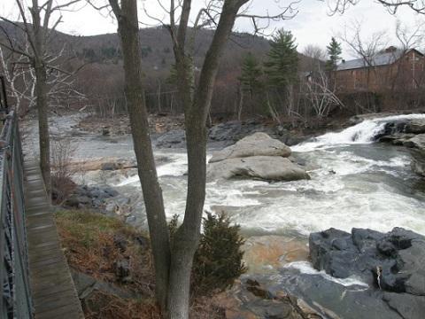 deerfield river runs on