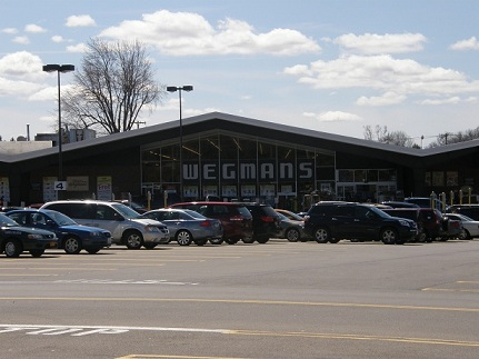 the old wegmans... looks the same as ever!